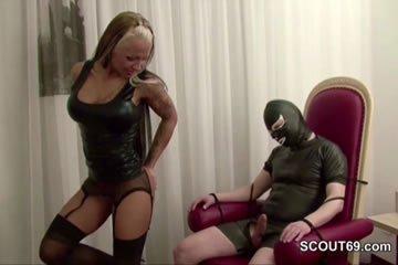 Domina Cora és a szexrabszolga